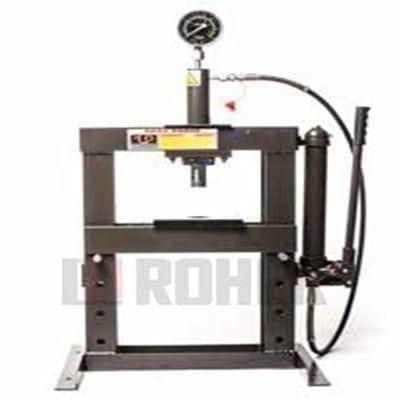 מכבש מוסכים שולחני 10 טון דגם R עם משאבה אופקית ROHER-TOOLS